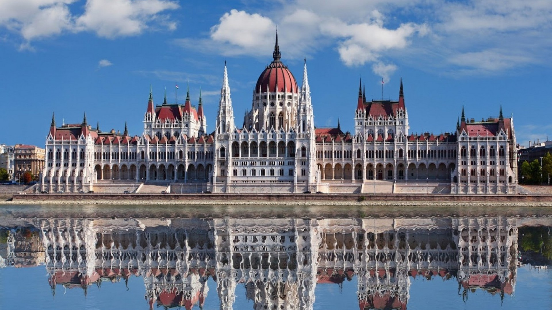 Viaggio a Budapest in Aereo – ACE TOUR Viaggi Vacanze